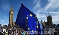 Marcha masiva en Londres en protesta contra el Brexit