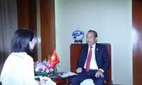Vietnam dispuesto a promover la cooperación entre la Asean y China