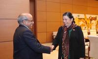 Alto funcionario de Unicef recibido por la vicepresidenta del Parlamento vietnamita