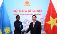 Vietnam ratifica su interés de fortalecer relaciones con Ruanda