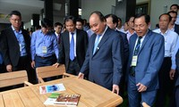 Premier vietnamita pide mayores esfuerzos del sector silvícola para elevar valor exportador