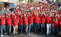 Marchas en Venezuela en apoyo y repudio a las nuevas medidas económicas del gobierno