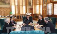 Vietnam y Hungría elevan sus relaciones a nivel de asociación integral