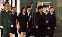 Delegaciones extranjeras rinden tributo al ex líder partidista Do Muoi