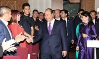 Premier vietnamita se reúne con connacionales en Austria