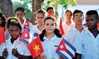 Afianzar relaciones especiales Vietnam-Cuba, tarea común de ambos países