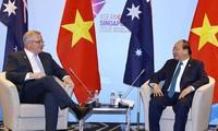 Primer ministro vietnamita se reúne con líderes mundiales en Singapur