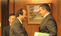 Vietnam fomenta colaboración con Rusia en construcción de gobierno electrónico