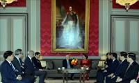 Líder parlamentaria vietnamita recibida por el presidente del Senado belga