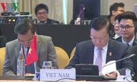 Vietnam participa en conferencia de ministros de Finanzas de Asean en Tailandia