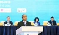 Premier vietnamita resalta posición de las empresas privadas en la economía nacional