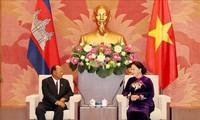 Jefe de la Asamblea Nacional de Camboya concluye visita a Vietnam