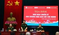 """Celebran coloquio """"Periodistas-soldados siguen el ejemplo de Ho Chi Minh"""""""