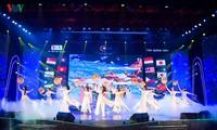 """Semifinal del concurso """"Cantos de Asean+3"""" atrae al público de Quang Ninh"""