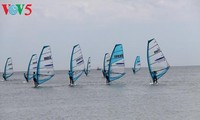Hơn 100 VĐV quốc tế  tham dự giải lướt ván buồm và thuyền buồm Việt Nam