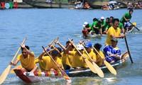 Giải đua ghe truyền thống trên sông Hương