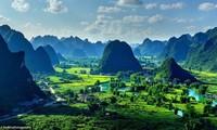 """Phong cảnh Việt Nam lên báo Anh, được ca ngợi đẹp đến """"nín thở"""""""