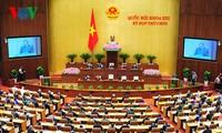 ผู้มีสิทธิ์เลือกตั้งให้ความสนใจรายงานผลการปฏิบัติแผนพัฒนาเศรษฐกิจ – สังคมปี 2015