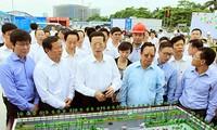 รองนายกรัฐมนตรีจีนเยือนกิจการก่อสร้างหอมิตรภาพเวียดนาม – จีน