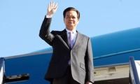 นายกรัฐมนตรีเหงียนเติ๊นหยุงเยือนประเทศไทยอย่างเป็นทางการ
