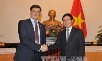คณะผู้แทนกระทรวงการต่างประเทศเวเนซูเอลาเยือนเวียดนามในระหว่างวันที่ 13-15 ธันวาคม