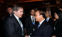 นายกรัฐมนตรีหารือกับนายฟิลิป เรอสแลร์ กรรมการฟอรั่มเศรษฐกิจโลกหรือ WEF