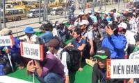 จังหวัดบ่าเหรียะ หวุงเต่ารับชาวประมง 239 คนที่ถูกส่งกลับโดยอินโดนีเซีย