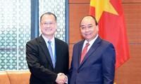 นายกรัฐมนตรีให้การต้อนรับประธานกลุ่มบริษัท Sunwah ของฮ่องกง ประเทศจีน