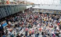 สนามบินมิวนิกของเยอรมนีได้ยกเลิกเที่ยวบินกว่า 200 เที่ยวเนื่องจากพบบุคคลที่ไม่สามารถระบุตัวได้