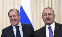 รัสเซียและตุรกีให้คำมั่นขยายความสัมพันธ์หุ้นส่วนยุทธศาสตร์