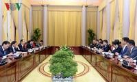 ประธานประเทศเจิ่นด่ายกวางให้การต้อนรับที่ปรึกษาพิเศษของเครือบริษัท Mainichi ของญี่ปุ่น