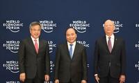 พิธีต้อนรับผู้นำและหัวหน้าคณะผู้แทนที่เข้าร่วมการประชุม WEF - ASEAN 2018