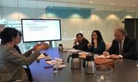 คณะกรรมการประชาสัมพันธ์และให้การศึกษาส่วนกลางเยือนประเทศเนเธอร์แลนด์