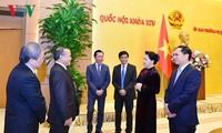ประธานสภาแห่งชาติให้การต้อนรับหัวหน้าสำนักงานตัวแทนของเวียดนามในต่างประเทศ