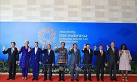 นายกรัฐมนตรีเหงียนซวนฟุ๊กเข้าร่วมการประชุมประจำปี IMF-WB ปี 2018