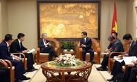 รัฐบาลเวียดนามส่งเสริมและสนับสนุนสถานประกอบการต่างประเทศลงทุนในเวียดนาม