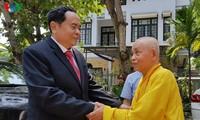 ประธานแนวร่วมปิตุภูมิเวียดนามส่งคำอวยพรพุทธศาสนิกชนในจังหวัดเถื่อเทียนเว้เนื่องในโอกาสงานวิสาขบูชา