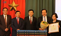 ยกย่องสดุดีผู้จัดทำพจนานุกรมสาธารณรัฐเช็ก – เวียดนาม
