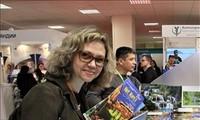 Vietnam sea and island tourism impresses Moscow fair