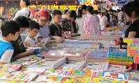 Ngày sách Việt Nam – khuyến khích toàn dân đọc sách