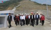 Chủ tịch Quốc hội lưu ý công tác tái định cư và trồng rừng tại huyện Nậm Nhùn, tỉnh Lai Châu