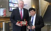 Thúc đẩy quan hệ hợp tác giữa Đài Tiếng nói Việt Nam và Tập đoàn truyền thông DW