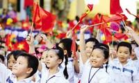 Khi người Việt được khuyến cáo sinh hơn 2 con