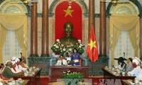 Phó Chủ tịch nước tiếp đoàn Đại biểu Chức sắc tôn giáo, Người có uy tín tỉnh Bình Thuận