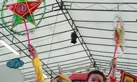 Tết Trung thu đậm bản sắc Việt tại Singapore