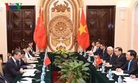 Việt Nam coi trọng phát triển quan hệ đối tác hợp tác chiến lược toàn diện với Trung Quốc