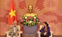 Phó Chủ tịch Thường trực Quốc hội Tòng Thị Phóng tiếp nguyên Tổng Thư ký IPU