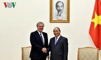 Thủ tướng Nguyễn Xuân Phúc tiếp Bộ trưởng Ngoại giao và Châu Âu Luxembourg