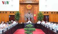Thủ tướng chủ trì họp về khắc phục hậu quả bom mìn và chất độc hóa học trong chiến tranh