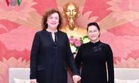 Chủ tịch Quốc hội Nguyễn Thị Kim Ngân tiếp Phó Chủ tịch Duma Quốc gia Nga Olga Epifanova
